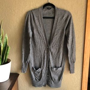 Ann Taylor 100% extra fine merino wool